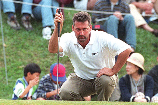 Frank in Focus: Nobilo lines up a putt in 1990