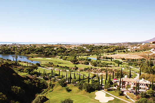 Golf 19 apartments are situated close to the course at Los Flamingos