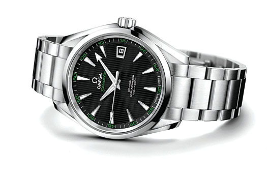 The watch features Omega's patented screw and pin stainless steel bracelet