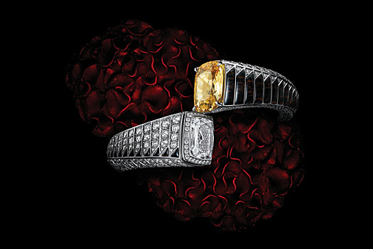 Cartier High Jewellery: watch with yellow sapphire and obsidians