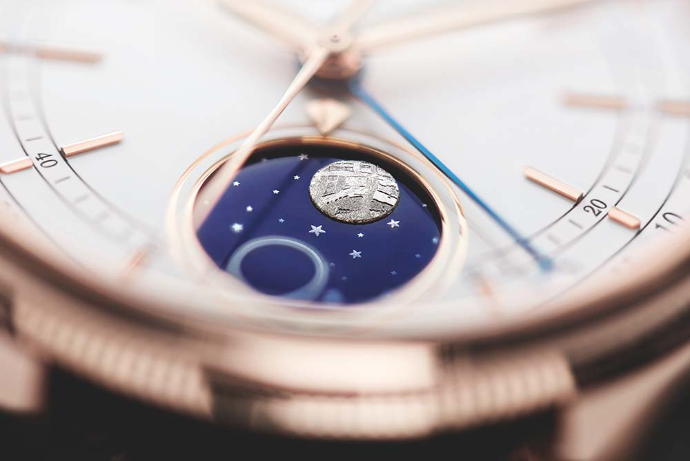 The 39mm Cellini Moonphase is offered in 18ct Everose gold