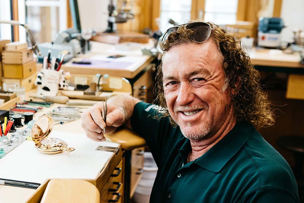 Jiménez visits the AP Manufacture in La Brassus