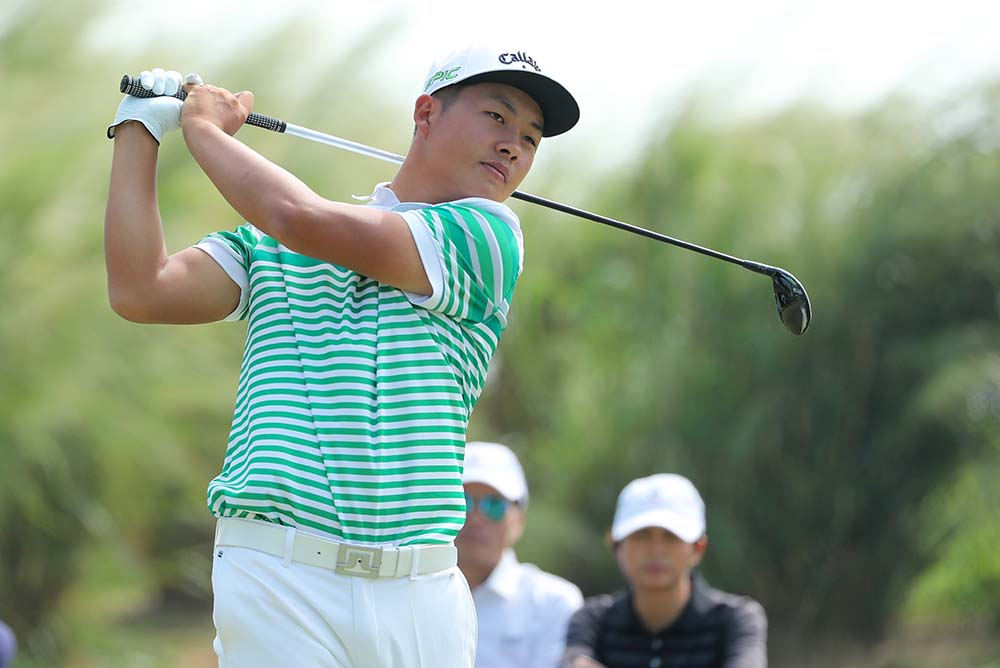 17-year-old Lin Yuxin became the third Chinese amateur to win the Asia-Pacific Amateur Championship