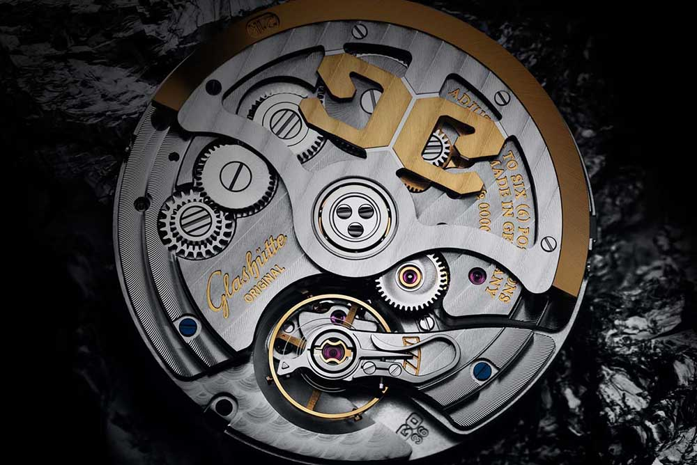 This Limited Edition is powered by the in-house Calibre 36-02 automatic movement